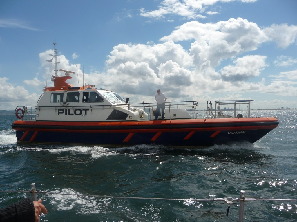 Pilot boat welcomes Duet to Hartlepool